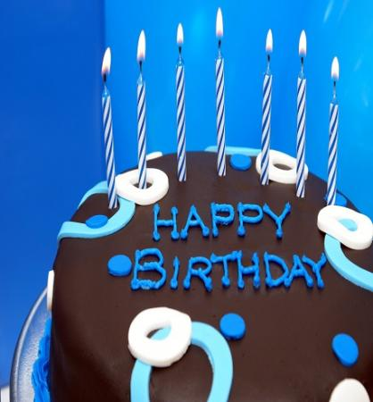 4k-happy-birthday-candles-birthday-cake-close-up